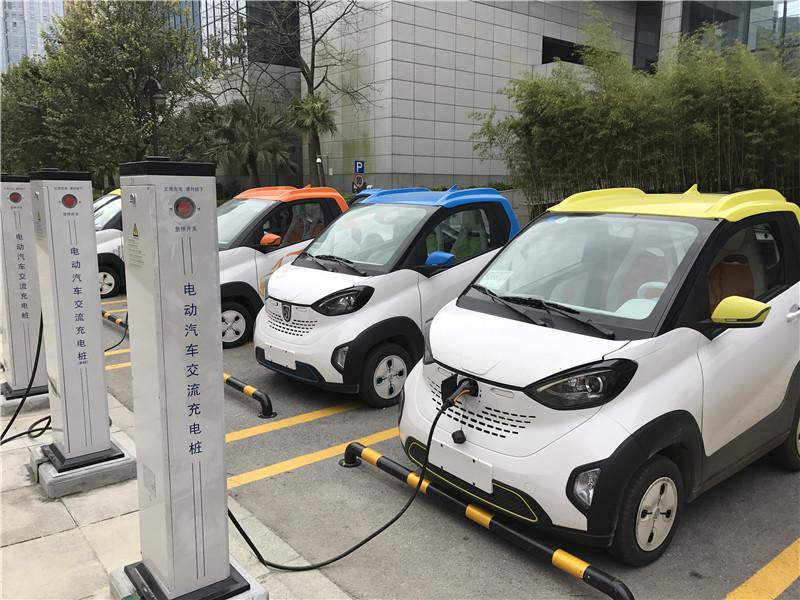 郑俊康:让电动汽车和iPhone一样方便 白天开车晚上充电