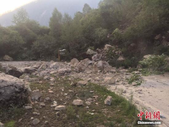 四川新疆连发强震 专家:两次地震动力源相同