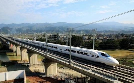 柳州如果没交通永远没希望 康哥:全力争取建设物流铁路