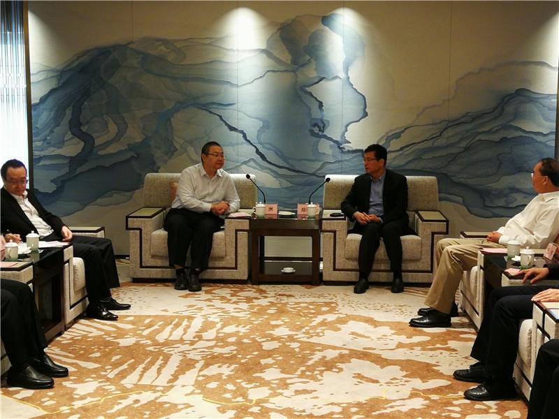 """""""财神爷""""带超强团队拜会郑俊康:我们是来支持柳州实体经济发展的!"""
