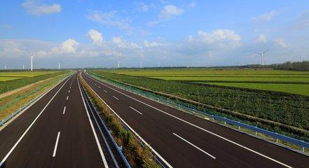 受管制的广西高速公路已经恢复通行