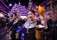 三江侗族千盏油灯迎客来 体验千年独特民俗风情